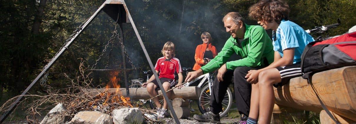 Grillen mit Kindern am Lech