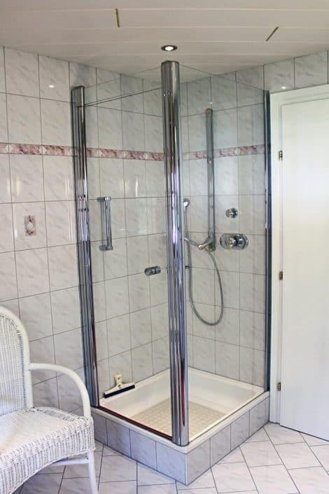 Ferienwohnung Sonja - Badezimmer 1 mit Dusche
