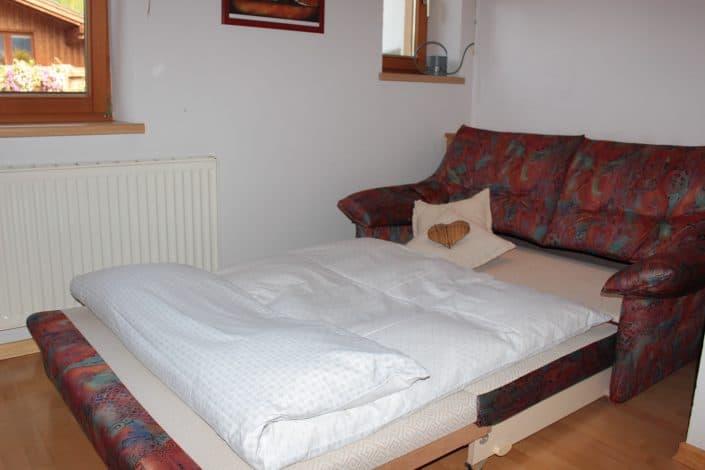 Ferienwohnung Sonja - Schlafzimmer 2 mit ausgezogenem Schlafsofa